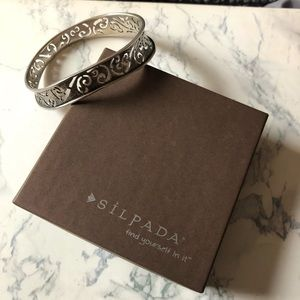Silpada Oval Bangle